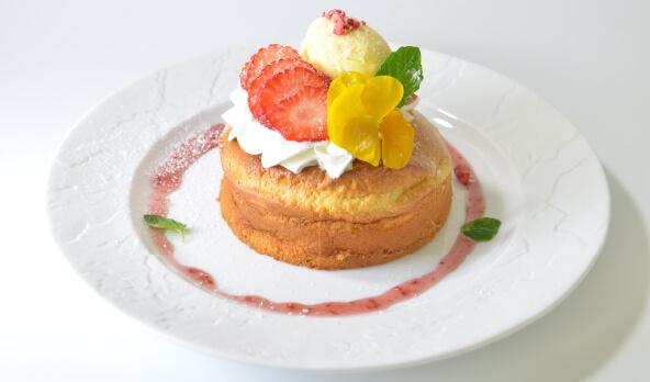 春のいちごパンケーキ