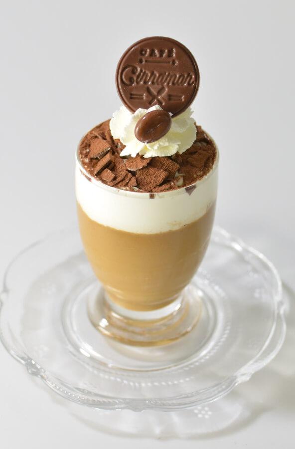 CAFE CINNAMON特製コーヒープリン