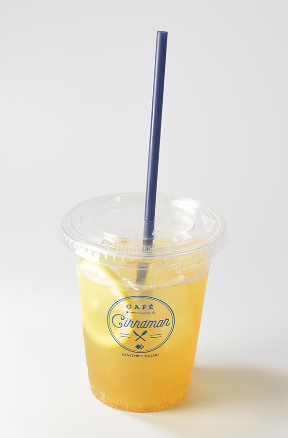 CAFE CINNAMON特製クラフトコーラ